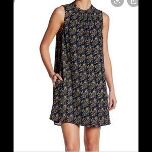 Daniel Rainn Navy blue paisley print shift dress